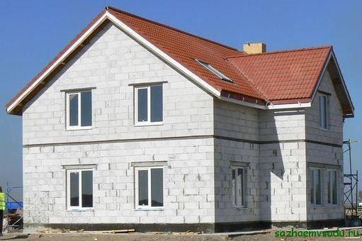 селска къща, изработена от газобетон