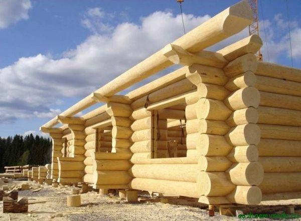 Изграждане на къща от дърво