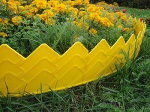 Пластмасова ограда за цветно легло - бързо и ефективно снимка