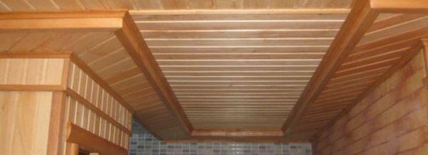 Ние изграждаме тавана за банята със собствените си ръце