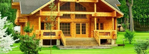 Изграждане на къщи от дървен лъч