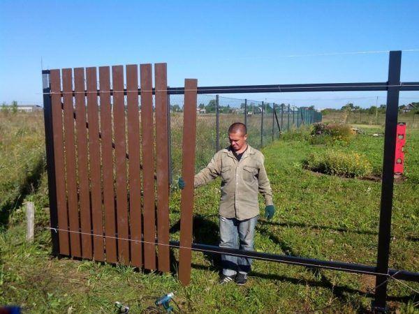 Изграждане на ограда от дърво със собствените си ръце