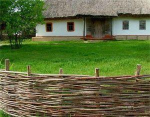 Ограда за предната градина със собствена снимка